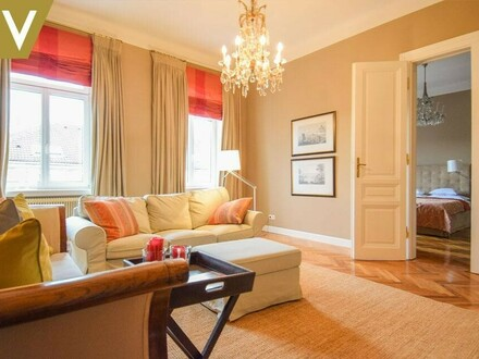 Elegantes, möbliertes Apartment in sehr guter Lage // Elegant, Furnished Apartment in very good locartion