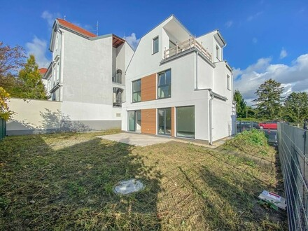 Einfamilienhaus in zentraler Lage … Provisionsfrei f. Käufer // Family house centrally located ... buyer commission free