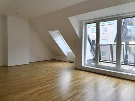Super-helle 4-Zimmer-Terrassenwohnung in ruhiger Lage