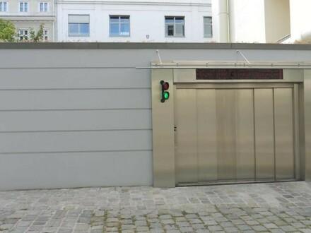 Garagenplätze beim Volkstheater zu vermieten!