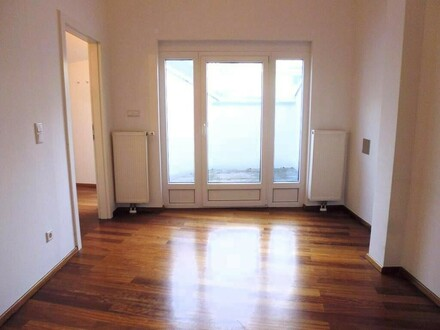 Super-sonnige, ruhige 2-Zimmer Wohnung in Top-Lage