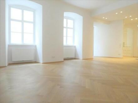 1 schönes, großes Wohnzimmer