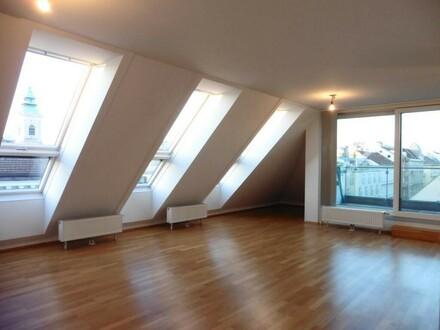 Zieglergasse: Top-moderne DG-Wohnung mit westseitiger Terrasse