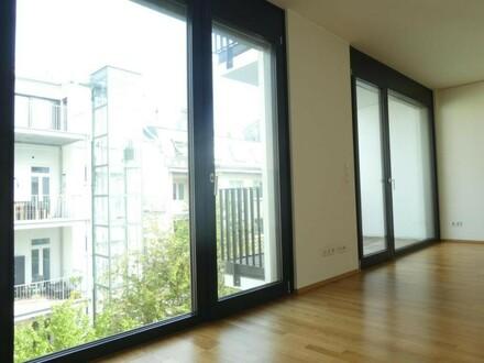 6 große Fensterflächen