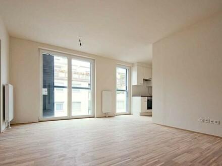 Wohnzimmer, Blick zur Küche