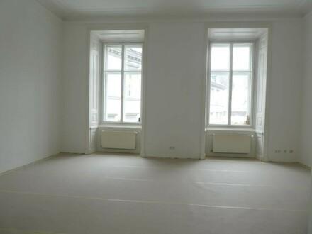 NEU SANIERTE 4-Zimmer Altbauwohnung in Top-Innenstadtlage