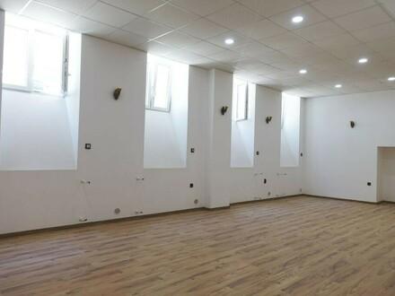 Wunderschönes Geschäftslokal - ERSTBEZUG - (Büro, Praxis, Studio, Atelier, Yoga,...)