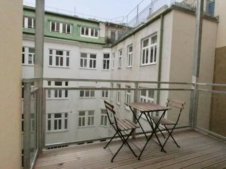 Altbau de Luxe mit Balkon für Single oder Paar 3. Liftstock
