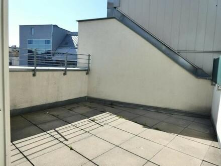 Repräsentative DG-Wohnung mit 2 Terrassen in toller Lage