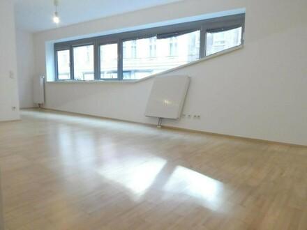 Schöne Neubauwohnung im Architektenhaus - Kaiserstraße!!