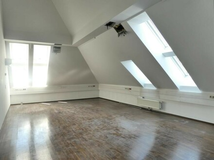 Billrothstraße!!! Super-schickes, klimatisiertes DG-Büro (ideal auch für PRAXIS)
