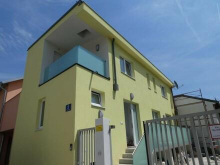 ERSTBEZUG - HOFHAUS mit 17m² Außenfläche und 30m² Keller