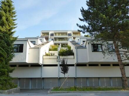 BLICK ÜBER PURKERSDORF : Sanierungsbedürftige 3-Zimmerwohnung