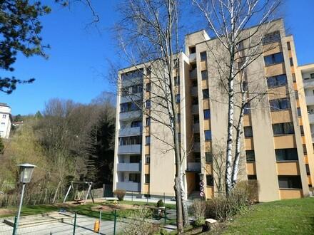 Helle 3-Zimmer-Mietwohnung mit Loggia