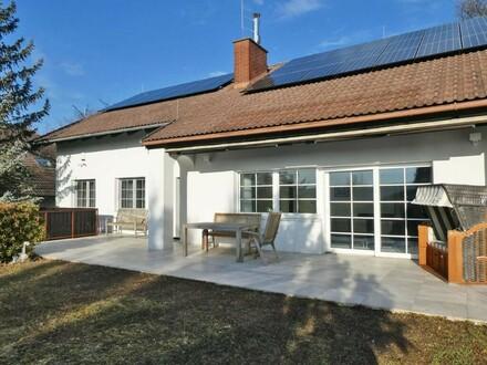 Neuwertiges Wohnjuwel mit modernster Haustechnik in ruhiger Sonnenlage