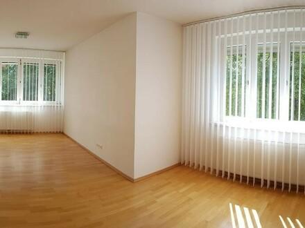 4-Zimmer-Wohnung mit Süd-Balkon in absoluter Ruhelage