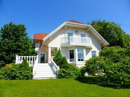 Zauberhafter Architekten-Wohnsitz in Südlage
