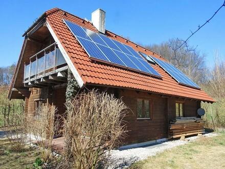 Finnisches Blockhaus mit Fertigstellungsbedarf