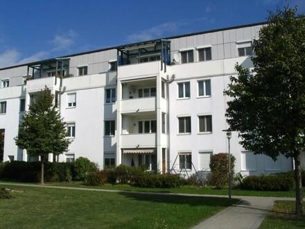 Familien aufgepasst! Großzügige 3-Zimmer-Wohnung in toller Grünlage lädt zum Wohlfühlen ein! Top-Infrastruktur! Provisionsfrei!