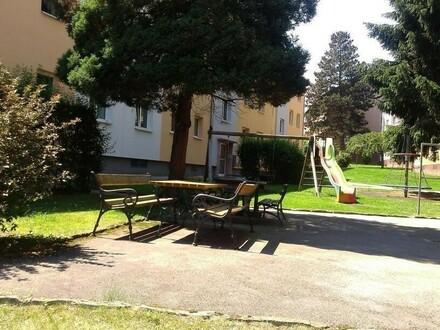 Wir bieten leistbaren Wohn(t)raum: Familiendomizil - 2 Kinderzimmer - viele Grünflächen - nah am Zentrum gelegen - prov.frei!