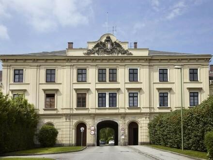 Einzigartiges und modernes Wohnen in den historischen Mauern der Dragonerhöfe! Großzügig geschnittene Wohnung mit Altbau-Flair!…