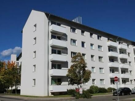 Südseitige, schöne 3 Zimmerwohnung mit Balkon - sonnige & verkehrsberuhigte Lage - provisionsfrei