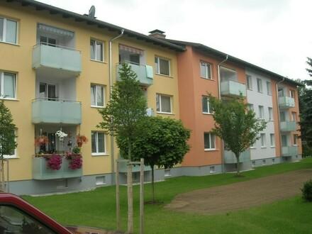 XXL-Familienwohn(t)raum: Diese 4-Zimmer-Wohnung mit Balkon in Ruhelage bietet eine einzigartige Wohnatmosphäre auch dank…