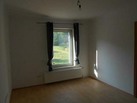Preiswerte sonnige 3 Zimmer Wohnung in ländlicher Lage - Provisionsfrei!!!