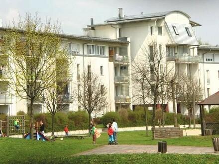 Die perfekte Wohnung für Sie und Ihre Familie! 4-Zimmer-Wohn(t)raum in wunderschöner Grünlage! Top Infrastruktur und Verkehrsanbindung!
