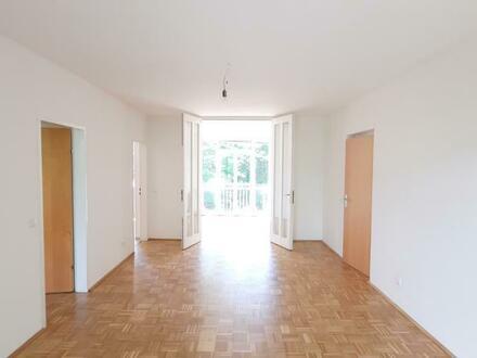 Idyllisches Wohnerlebnis in grüner Vorstadtoase! Lichtdurchflutete 3-Raum-Wohnung in naturnaher Lage mit bester Infrastruktur!…