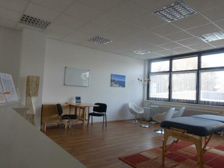 Büro-/ Ordinationsfläche im NEU revitalisierten Vitalzentrum Muldenstraße, profitieren Sie von der Gesundheitsinfrastru…