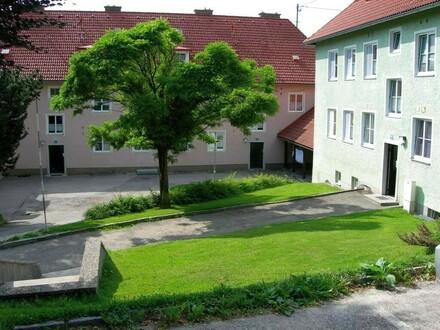 Naturnahes Wohnen auf dem Lande mit dennoch guter Infrastruktur: Das alles u. mehr bietet unsere beliebte Siedlung mitten…