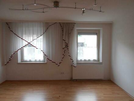 3 Zimmer Wohnung in guter Lage - Provisionsfrei!!