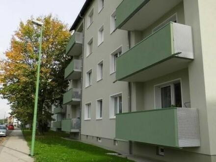 Schnell sein und exklusive 2-Raum-Wohnung mit Balkon in saniertem Haus sichern! Provisionsfrei den eigenen Wohntraum verwirklichen!