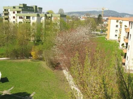 Erstklassiges Wohnen am ruhigen, grünen Stadtrand mit bester Infrastruktur u. ausgewählter Nachbarschaft im beliebten Leonding!…