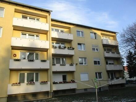 SANIERTE 3 Raum Wohnung mit Lift und BALKON - ausgewählte Nachbarschaft - gutes Preis-/Leistungsverhältnis - Stadtteil Steyr…