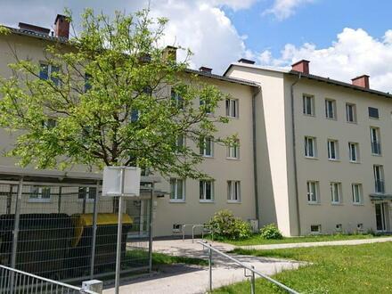 Wohnoase mitten im aufstrebenden Vöcklabruck! 3-Zimmer Wohn(t)raum mit Balkon in naturnaher, ruhiger Lage dennoch nahe…