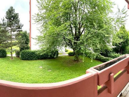 Großzügiger Wohn(t)raum mit 2 Schlafzimmern u. großer Loggia in naturnaher Lage! 1A Infrastruktur! Provisionsfrei!