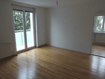 Sehr attraktive 3-Zimmer Wohnung mit Balkon in der wunderschönen Region um den Attersee! Nah am See und am Zentrum gele…