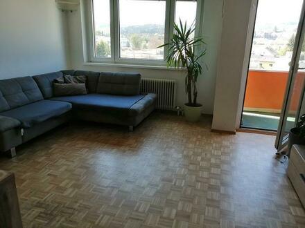 Hier wird Wohnen zum Genuss! Ansprechende 3-Raum-Wohnung mit sonniger Loggia in kinderfreundlicher Siedlungslage! Provisionsfrei!
