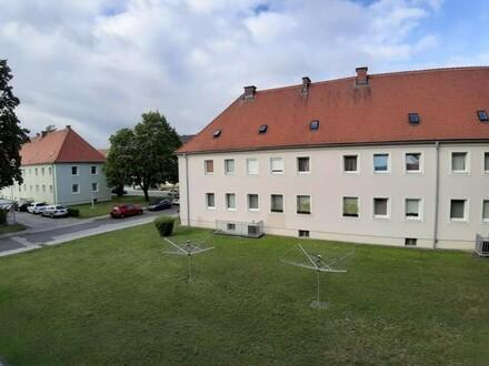 Großzügig geschnittene, sanierte 2 Raum Wohnung mit Badewanne im beliebten Stadtteil Steyr Münichholz