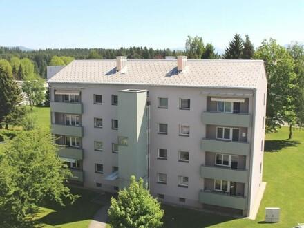 Sonnige Familienwohnung mit Küche, Balkon & Lift in einer zentrumsnahen Siedlung mit sehr guter Infrastruktur