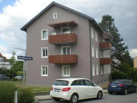 Ländlich und sehr erholsam wohnen in toller, zentrumsnaher Lage - zauberhafte Wohnung mit Kinderzimmer und schönem Balkon!…