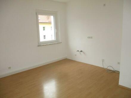 Helle, freundliche, sanierte 2 Raum Wohnung im Stadteil Steyr Münichholz