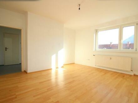 Charmante 1-Raum Wohnung in ruhiger und dennoch zentrumsnaher Lage mit erstklassiger Infrastruktur! Provisionsfrei!