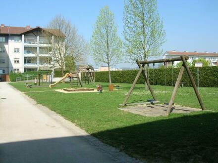 Entspanntes Wohnerlebnis in Leondinger Toplage! 3-Zimmer-Wohnung mit sehr schönem Schnitt und großer Loggia! Erstklassige…