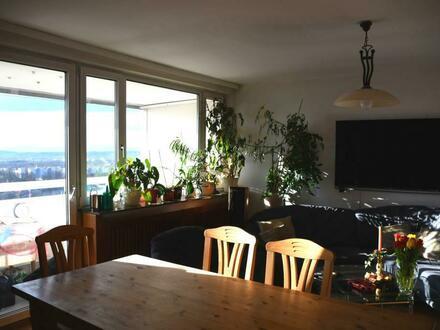 Viel Wohnraum für Sie und Ihre Familie! Ideal aufgeteilte Wohnung in zentrumsnaher, ruhiger Grünlage mit 2 traumhaften Loggien…