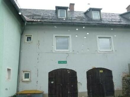 Reihenhaus mit zwei Gargen und großem Grundstück! - Ab mtl. € 203,-- Rueckzahlung!
