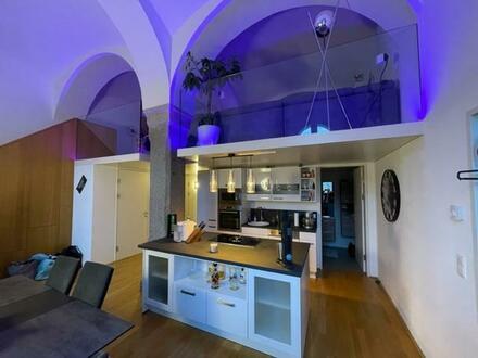 Lassen Sie Ihre Wohn(t)räume Wirklichkeit werden! Moderne Galeriewohnung mit Altbaucharme in ausgezeichneter Lage! Provisionsfrei!