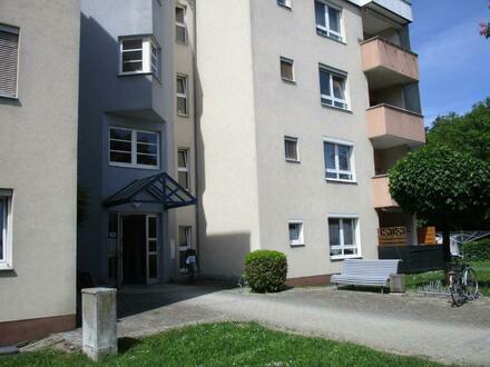 Altersgerechtes Wohnen! Sehr schön sanierte 1 Raum Wohnung mit Balkon für Senioren, Stadtteil Steyr Münichholz
